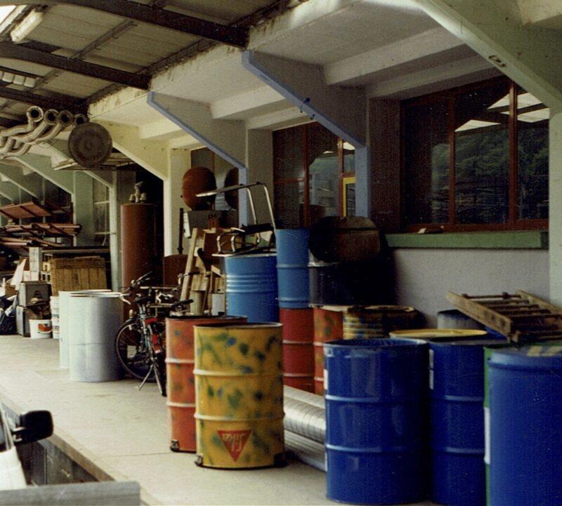 1994 Vorplatz werkstatt Druckgefaesse PANArt Hangbau AG